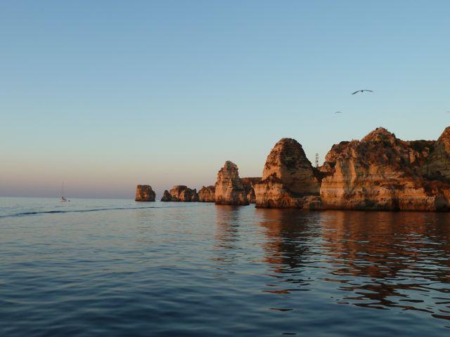 De gouden kust met zn prachtige rotsformaties