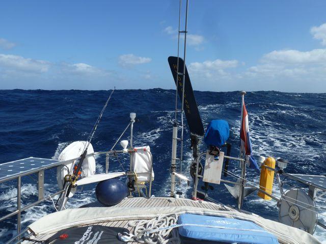 steeds groter wordende golven, wat houdt ons bootje zich dan groot
