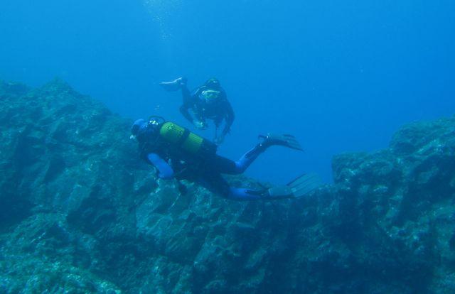 Pieter en Monique onderwater door paperazzi gespot