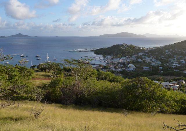 Vanaf een andere heuvel weer ander uitzicht over de regio