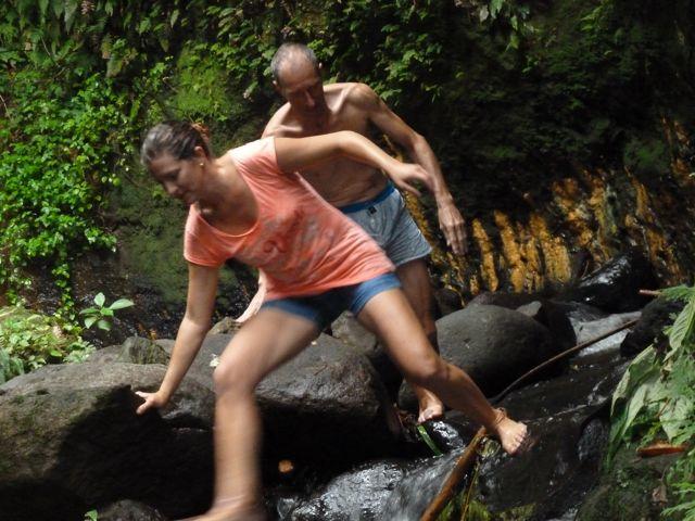 Na het zwemmetje klauteren we weer naar beneden, dat was gaaf!