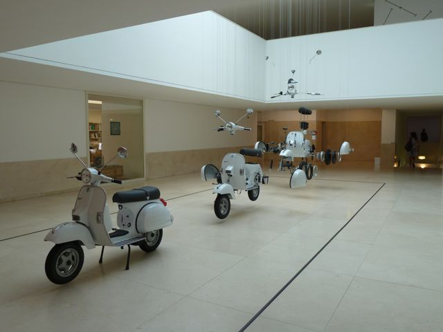 Een groot deel van de dag brengen we door in het museum van de moderne kunst, Serralves.