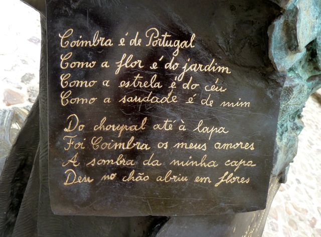 Coimbra, met name bekend om z'n oude universiteit.
